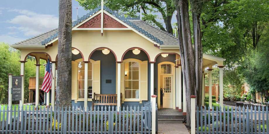 Brannan Cottage Inn in Calistoga offers six rooms, four that have a Victorian feel and a modern twist, plus two new update-to-date suites. Photo: Brannan Cottage Inn / ONLINE_CHECK