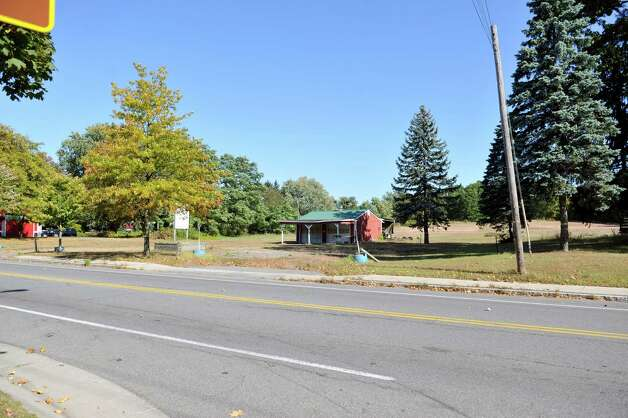 A view on Monday, Oct. 6, 2014, of the land along Albany Shaker Road across the street from the intersection with Miracle Lane in Colonie, N.Y. There is a planned townhouse development proposed for this land.  (Paul Buckowski / Times Union) Photo: Paul Buckowski / 10028899A