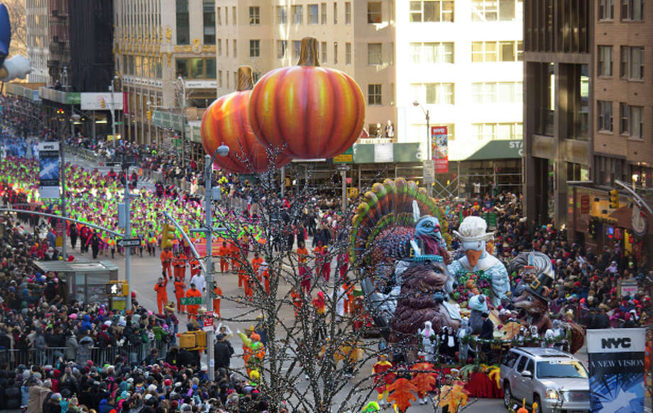 The Macy's Thanksgiving Day Parade attracts 3.5 million spectators. The city's largest hotel, the New York Hilton Midtown, has a special Thanksgiving Day team to assist guests. Photo: New York Hilton Midtown / ONLINE_YES