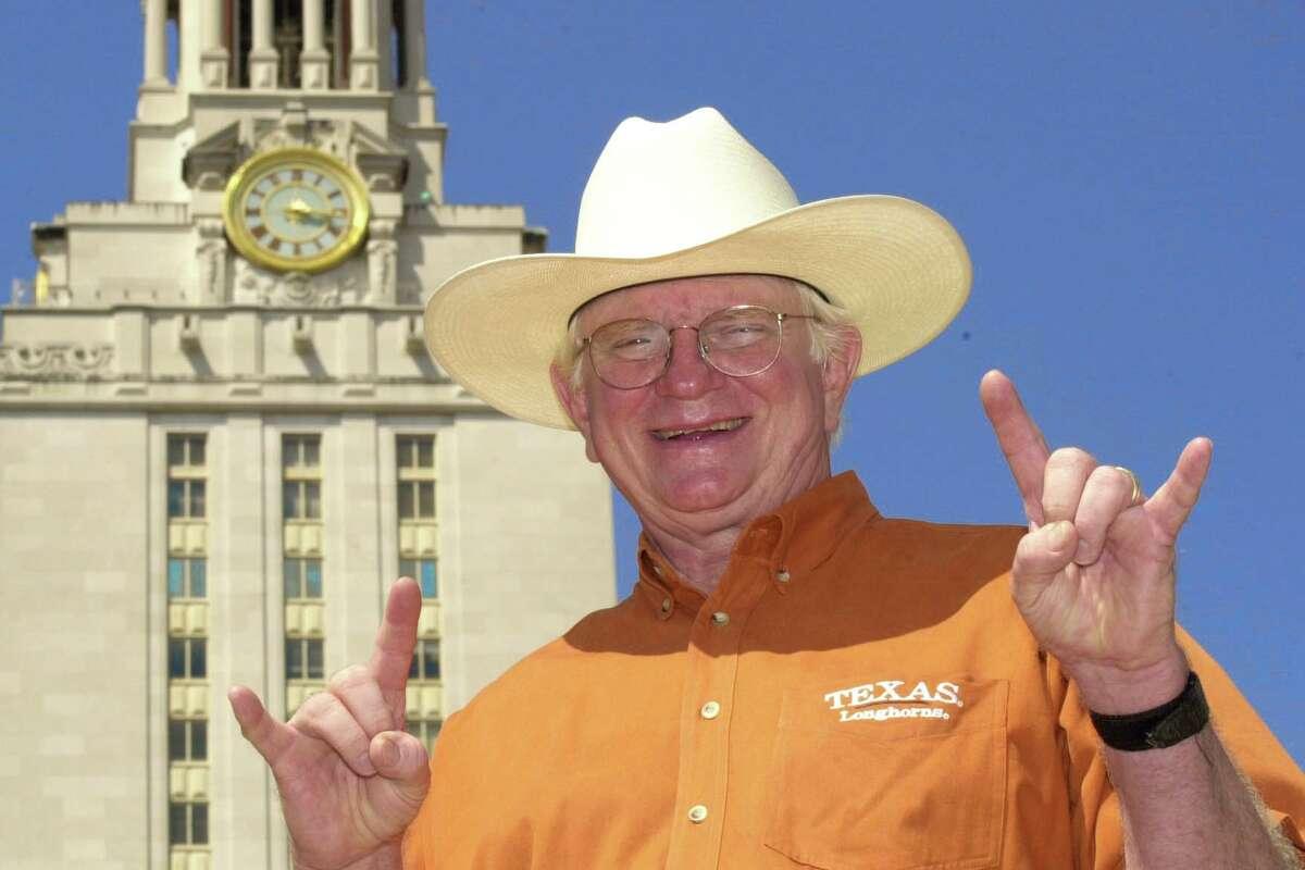 Hook Em Horns Hand Sign Creator Dies Houstonchronicle