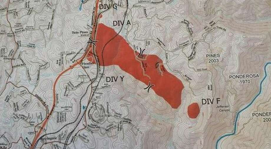 A map of the 420-acre Applegate Fire, burning near Interstate 80 in the Sierra foothills, as of 1 p.m. Oct. 9, 2014. Photo: Williams, Kale / Cal Fire / ONLINE_YES