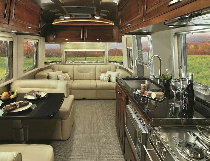 Inside The New 2015 Airstream Classic Photo 6980265 95345