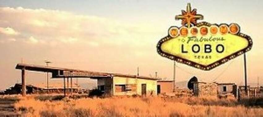 2. Lobo Considered a modern ghost town, Lobo was mostly abandoned in the late 1960s. Cotton farming was the principle crop, but when the cost of agriculture became too expensive, the town went into a rapid decline after World War 2. in 1991, the city east of El Paso, was completely abandoned.