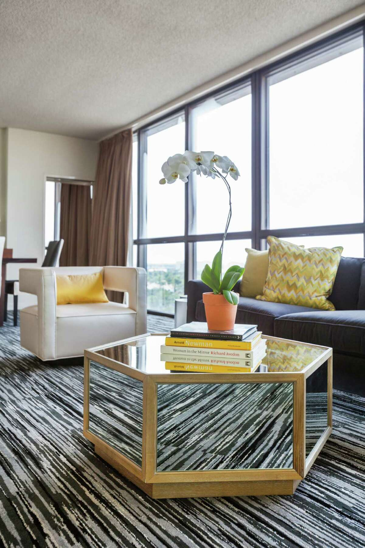 Decor is contemporary in Hotel Derek's penthouse suites, which offer top-notch views of the city.