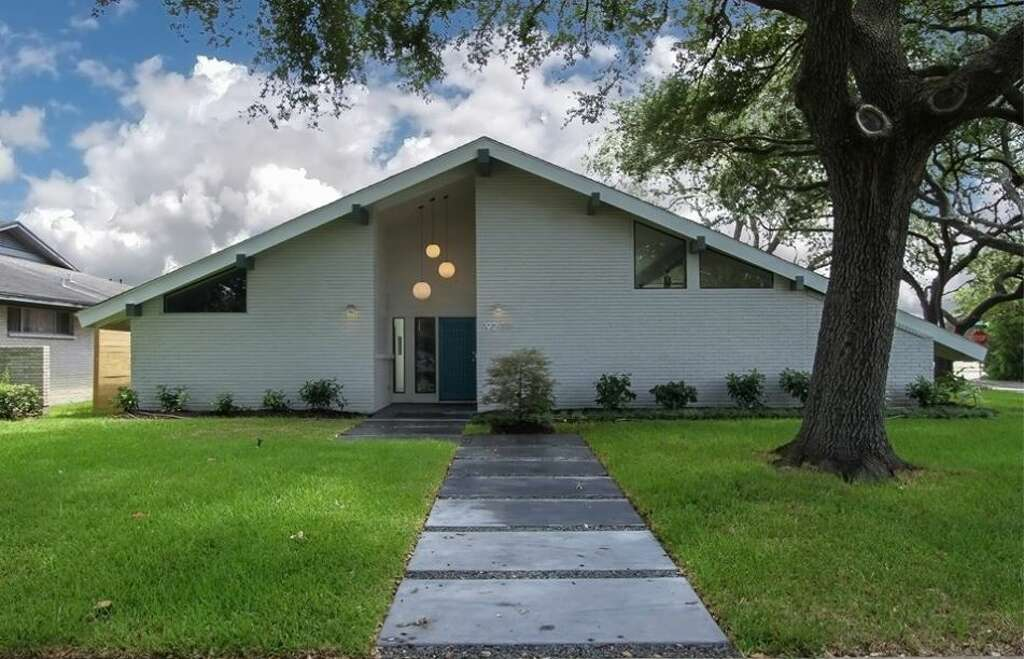 Before and after: The revival of a midcentury home in Houston ...