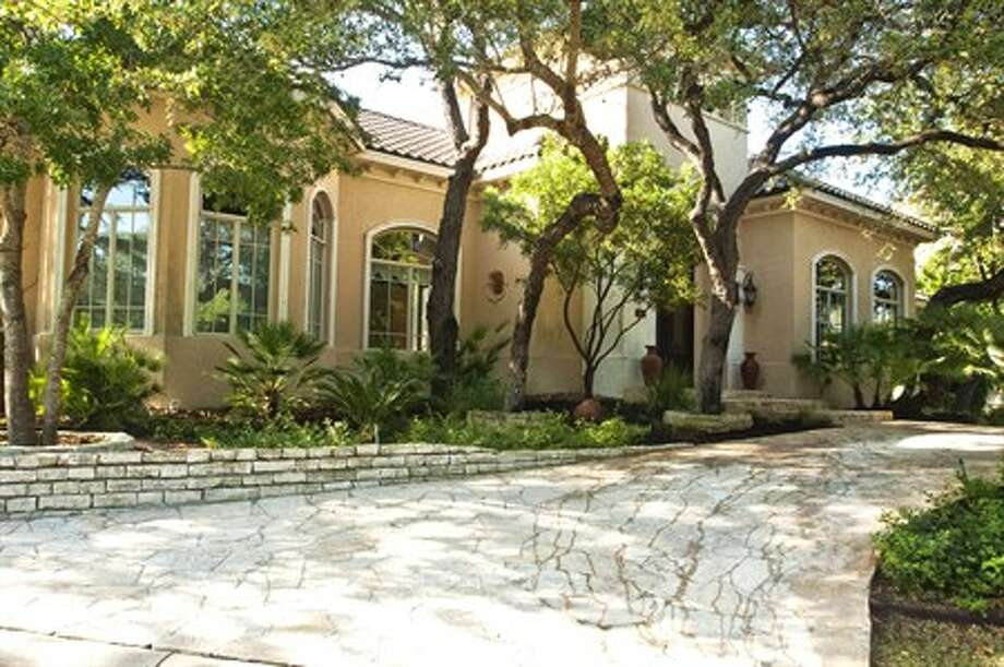 This S.A.-area property:24 Inverness, 4,870 sq. ft., $997,700. Photo: Courtesy Phyllis Browning Co.