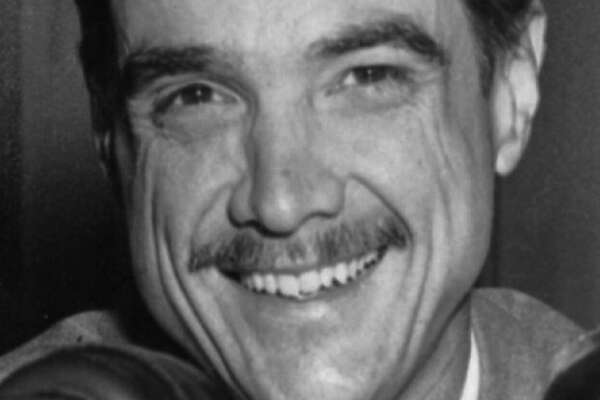 ** FILE ** Billionaire Howard Hughes is shown in this 1947 file photo. A jury didn't believe Melvin Dummar 30 years ago. The delivery man says he rescued Howard Hughes after he found him face down and bloodied in the desert, so the reclusive billionaire left him $156 million in a hand-scrawled will as a reward. Dummar's attorney, Stuart Steintold told a federal appeals court Wednesday May 14, 2008 that Dummar deserves another shot at the money because of pilot Robert Diero, who came forward in 2004 to say he flew Hughes to a brothel in Nevada around the time and the place that Dummar said he found Hughes. (AP Photo/File)