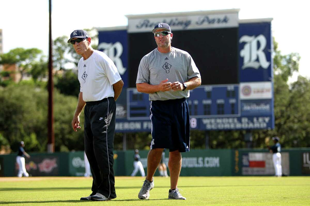 """Rice baseball coach Wayne Graham, left, thinks Berkman would be a valuable addition to his staff, praising the ex-player's """"very educated set of eyes."""""""