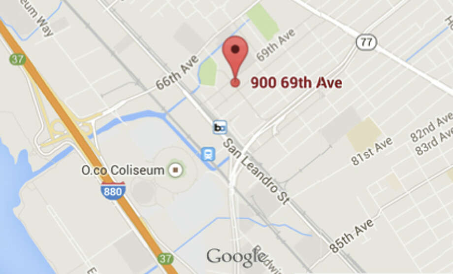 The shooting occured on the 900 block of  69th Avenue in Oakland. Photo: Google Maps