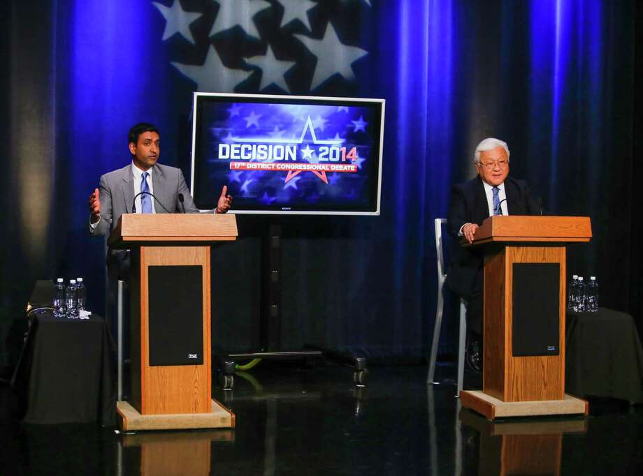 Democratic challenger Ro Khanna, left,  makes a point during his general election debate with Rep. Mike Honda, D-San Jose, at KNTV NBC 11, in San Jose, Calif., on Monday, Oct. 6, 2014. (AP Photo// Bay Area News Group, John Green) Photo: JOHN GREEN / Associated Press / Bay Area News Group