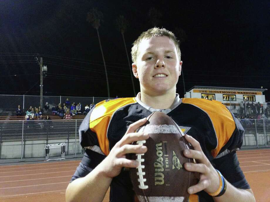 Kevin Davidson moved from Danville to Oakland, where he is a quarterback at McClymonds High School. Photo: Harold Abend, Courtesy