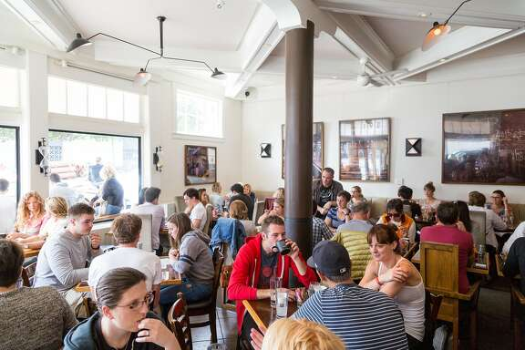 Patrons brunch at Mission Beach Cafe in San Francisco Calif., Sunday, September 28, 2014