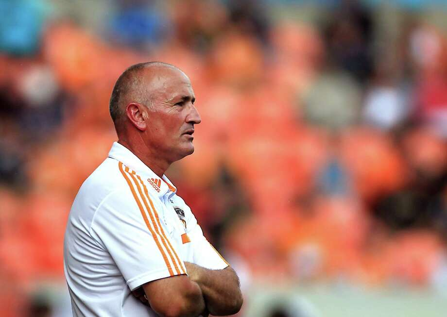 Houston Dynamo head coach Dominic Kinnear during the first half of MSL soccer game action against the Chicago Fire at BBVA Compass Stadium Sunday, Sept. 28, 2014, in Houston. ( James Nielsen / Houston Chronicle ) Photo: James Nielsen, Staff / © 2014  Houston Chronicle