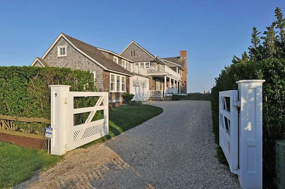 The Hamptons beachfront property in Sagaponack recently sold by Billy Joel. Photo: TopTenRealEstateDeals.com