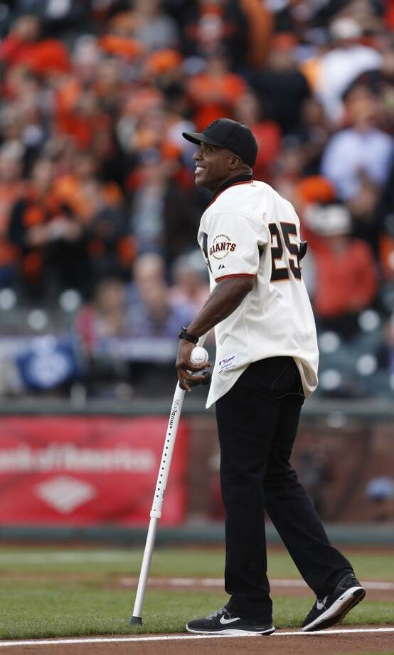 Former Giant Barry Bonds participates in pre-game ceremonies prior to Game 4 of the NLCS at AT&T Park on Wednesday, Oct. 15, 2014 in San Francisco, Calif. Photo: Scott Strazzante, The Chronicle