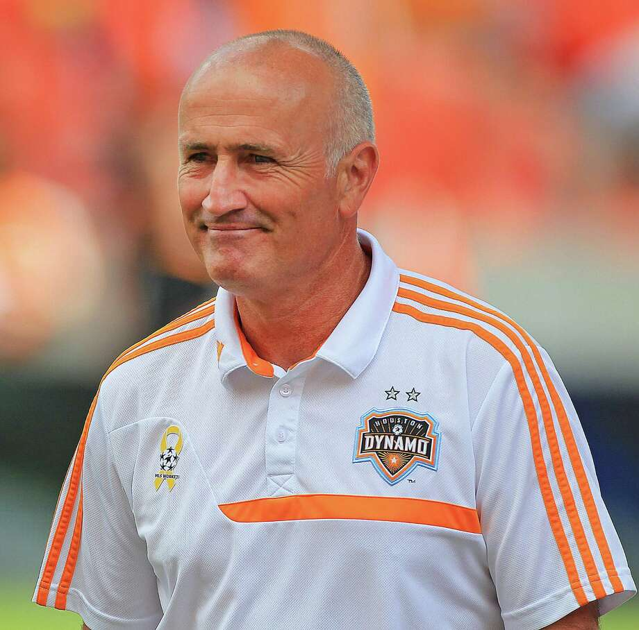 Houston Dynamo head coach Dominic Kinnear before the first half of MSL soccer game between the Chicago Fire and the Houston Dynamo at BBVA Compass Stadium Sunday, Sept. 28, 2014, in Houston.  ( James Nielsen / Houston Chronicle ) Photo: James Nielsen, Staff / © 2014  Houston Chronicle