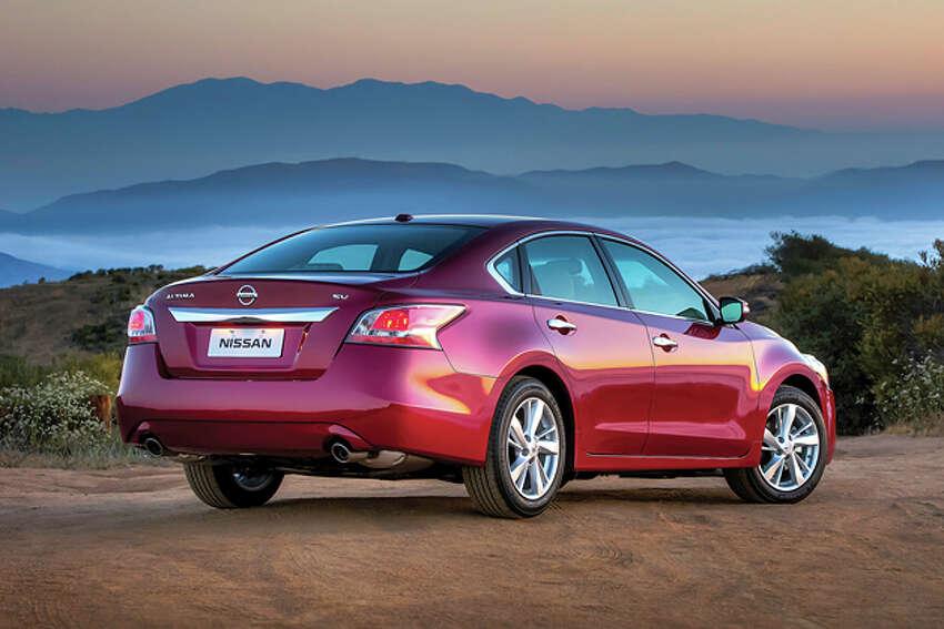 2015 Nissan Altima 2.5 SL (photo courtesy Nissan)