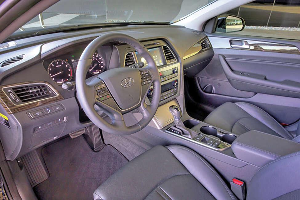 2015 Hyundai Sonata Sport (photo courtesy Hyundai)