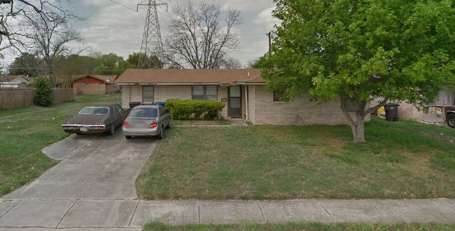 A 78-year-old woman was shot twice at a home in the 4800 block of Seabreeze on Oct. 15, 2014. Photo: Google Maps