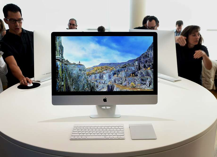The 27-inch Apple Inc. iMac computer with 5K retina display is displayed after a product announcement in Cupertino, California. Photo: Noah Berger, Bloomberg
