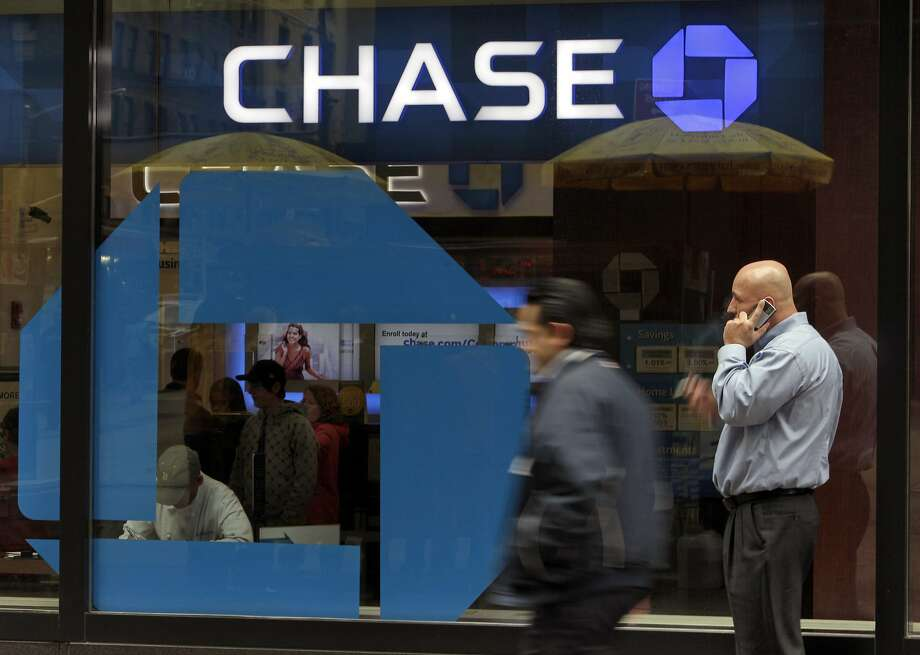 A 2010 file photo of a Chase branch in New York. Photo: Richard Drew, Associated Press