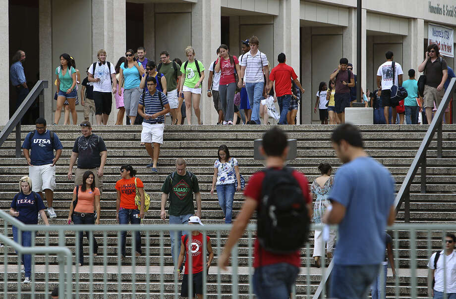 "Zoning that encourages safe mobility for students is ""the difference between a parent from Houston sending their freshman to UTSA to live with a car or without a car,"" according to District 8 Councilman Ron Nirenberg. Photo: Express-News File Photo / kmhui@express-news.net"