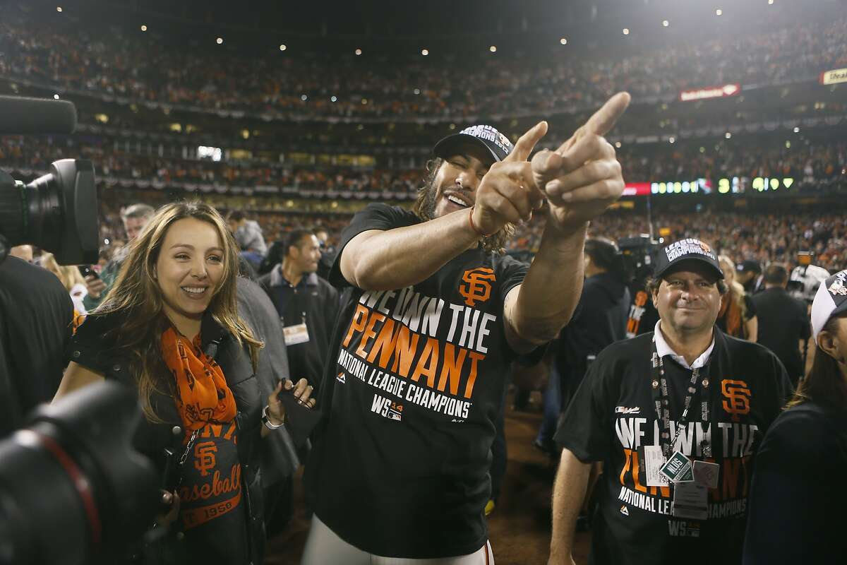 Giants Michael Morse celebrates the Giants win over the Cardinals in Game 5 of the NLCS at AT&T Park on Thursday, Oct. 16, 2014 in San Francisco, Calif.