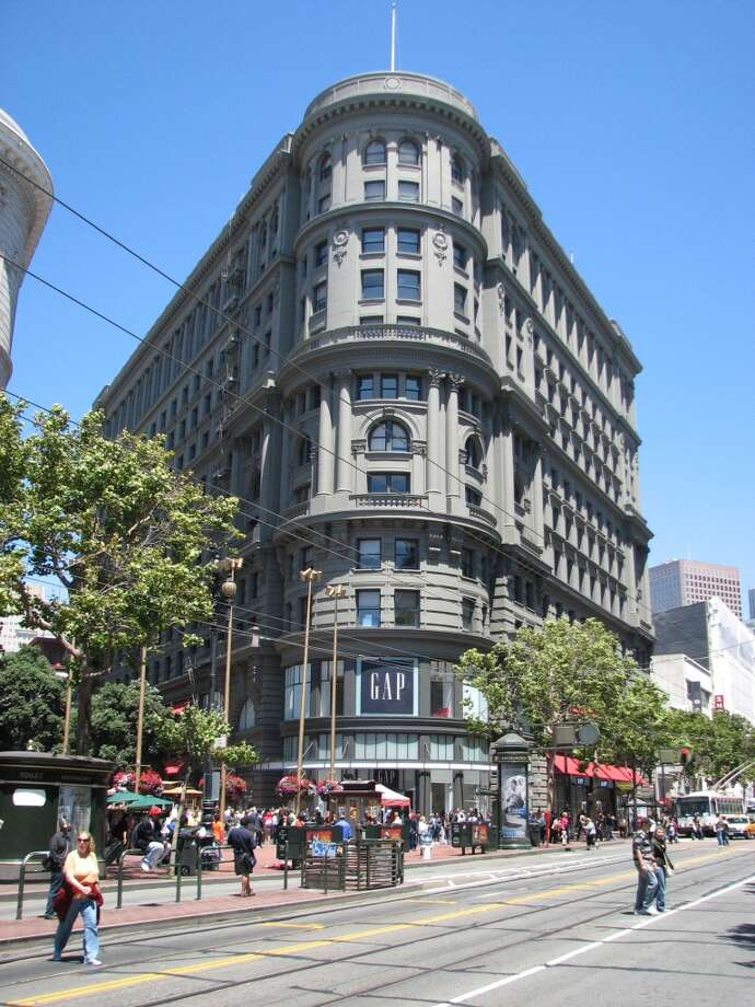 John King, the SF Chronicle's architecture critic, picks his favorite San Francisco buildings. Keep clicking through the gallery below. I'll start with one I see every day when I get off BART: the Flood Building at Powell and Market streets, designed by Albert Pissis. Photo: John King, The Chronicle