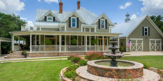 Central Texas Mansion Recognized As Beautiful Yet