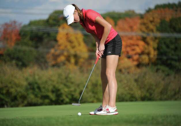 Shaker sophomore Madison Braman makes a putt during the Section II state golf qualifier at Orchard Creek Golf Club on Friday, Oct. 17, 2014 in Altamont, N.Y.(Lori Van Buren / Times Union) Photo: Lori Van Buren / 00029052A