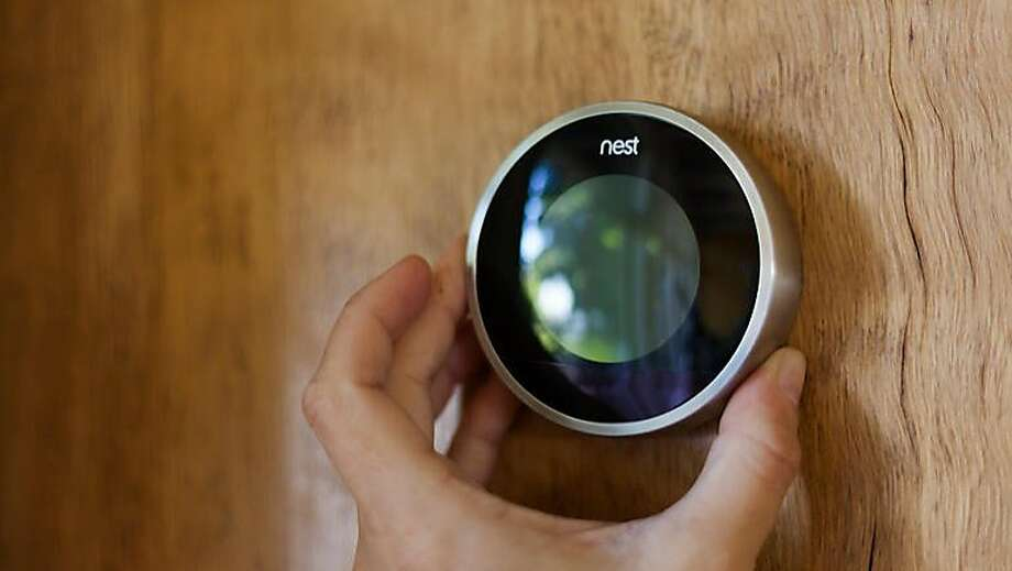 Nest Learning Thermostat Photo: Cnet