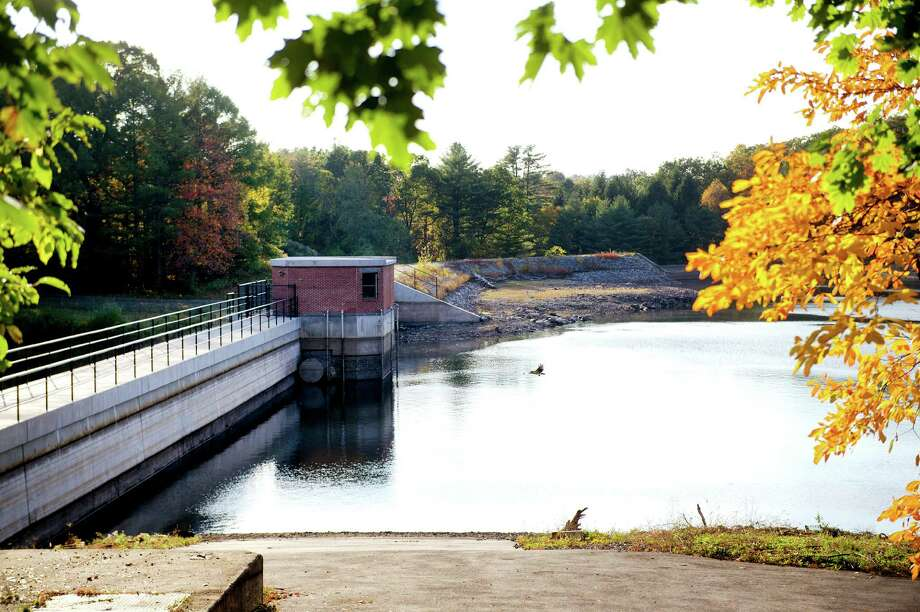The North Stamford Reservoir on Friday, October 18, 2014. Some area residents have said they believe the water level is significantly lower than usual. Photo: Lindsay Perry / Stamford Advocate