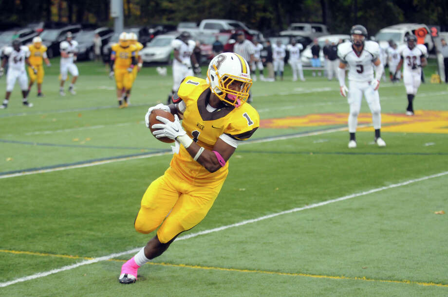 WR scored from 47 yards out on a trick play with 5 seconds to play to lift the Bruins from a 1-point deficit to a 28-21 win over Salisbury. Photo: Keelin Daly / Stamford Advocate Freelance