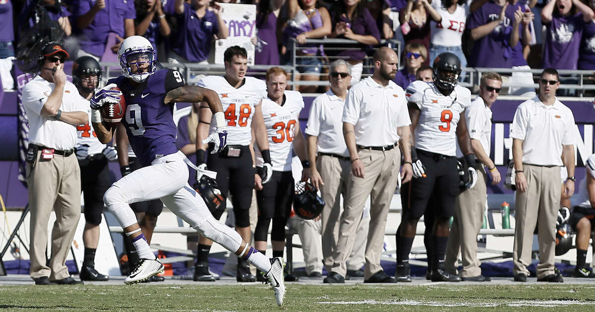 TCU wide receiver Josh Doctson has plenty of room to run for one of his two touchdowns during the first quarter. The Horned Frogs responded Saturday after blowing a late lead at Baylor last week.