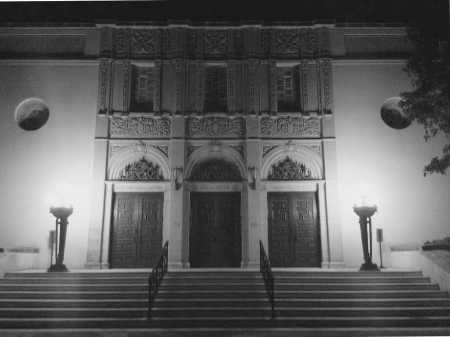 Temple Beth-El, the oldest synagogue in South Texas, lights the night in the 200 block of Belknap Place, north of San Antonio College. Photo: Robert Kolarik, San Antonio Express-News