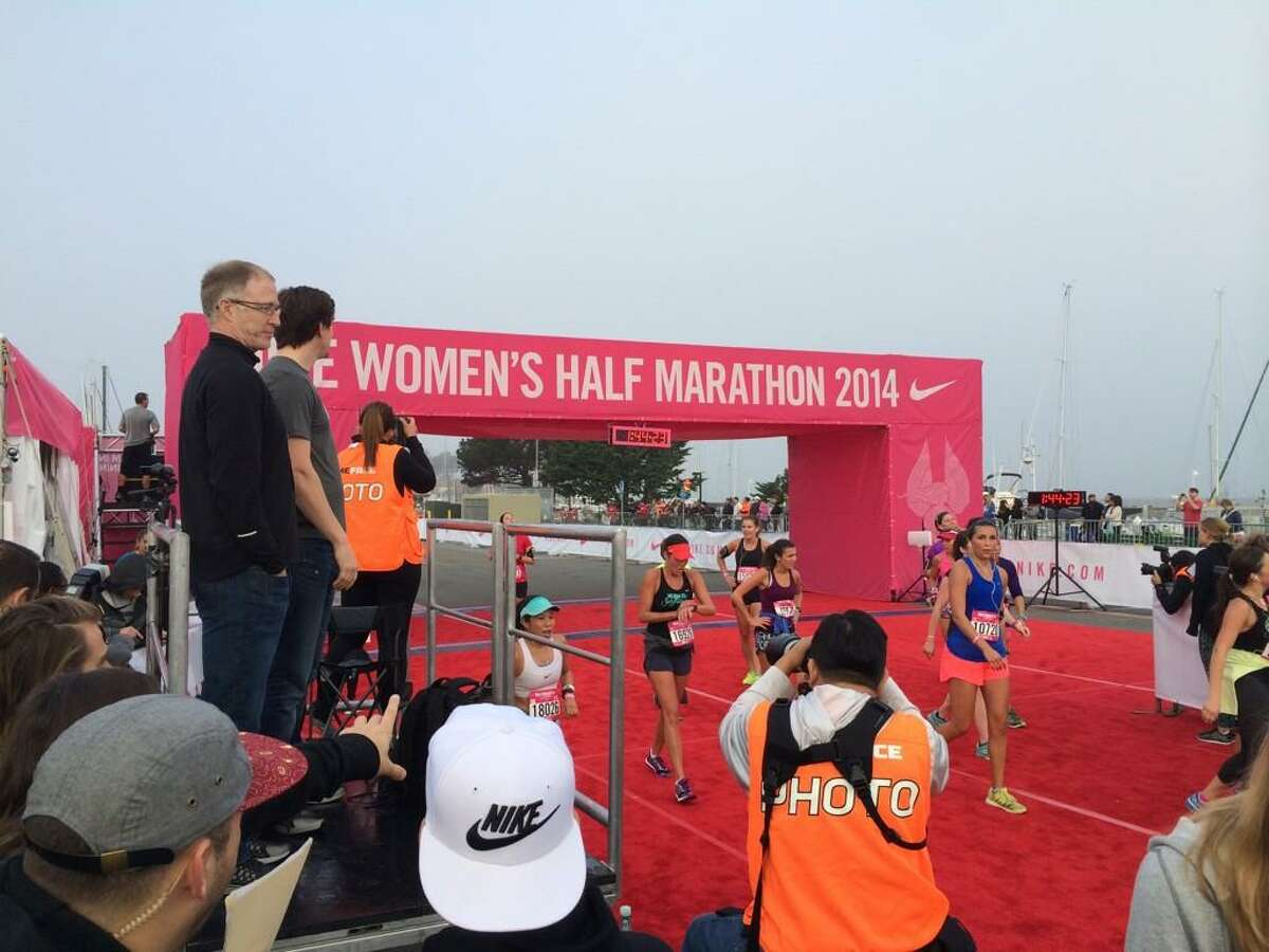 Victoria Mitchell of Australia wins the 2014 Nike Women's Half Marathon in San Francisco, Sunday, October 19, 2014.