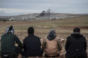 U.S. air-drops arms to Kurdish forces in Syria - Photo