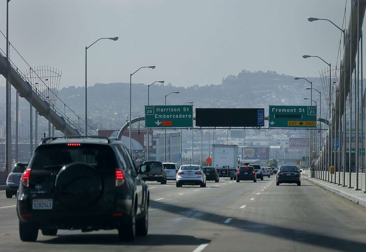 Traffic slows approaching the Fremont Street exit where the steel plates are Sunday October 19, 2014. Steel plates that were installed on the west end of the Bay Bridge near the Fremont Street exit were bothering drivers who are slowing down.