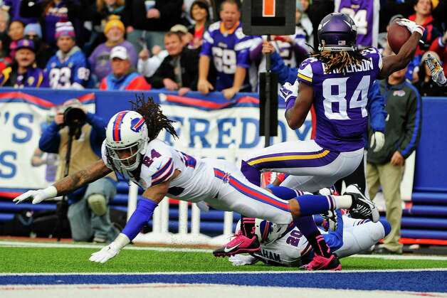 Minnesota Vikings wide receiver Cordarrelle Patterson (84) gets past Buffalo Bills cornerback Stephon Gilmore (24) for a touchdown during the first half of an NFL football game Sunday, Oct. 19, 2014, in Orchard Park, N.Y. (AP Photo/Gary Wiepert) ORG XMIT: NYFF117 Photo: Gary Wiepert / FR170498 AP