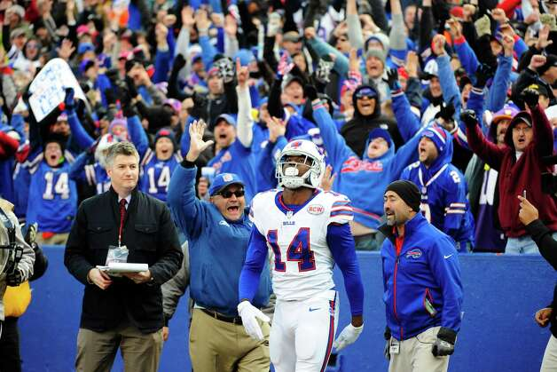 Buffalo Bills wide receiver Sammy Watkins (14) reacts after catching a pass for a touchdown to tie the game during the second half of an NFL football game against the Minnesota Vikings, Sunday, Oct. 19, 2014, in Orchard Park, N.Y.  The Bills won the game 17-16. (AP Photo/Gary Wiepert) ORG XMIT: NYFF130 Photo: Gary Wiepert / FR170498 AP