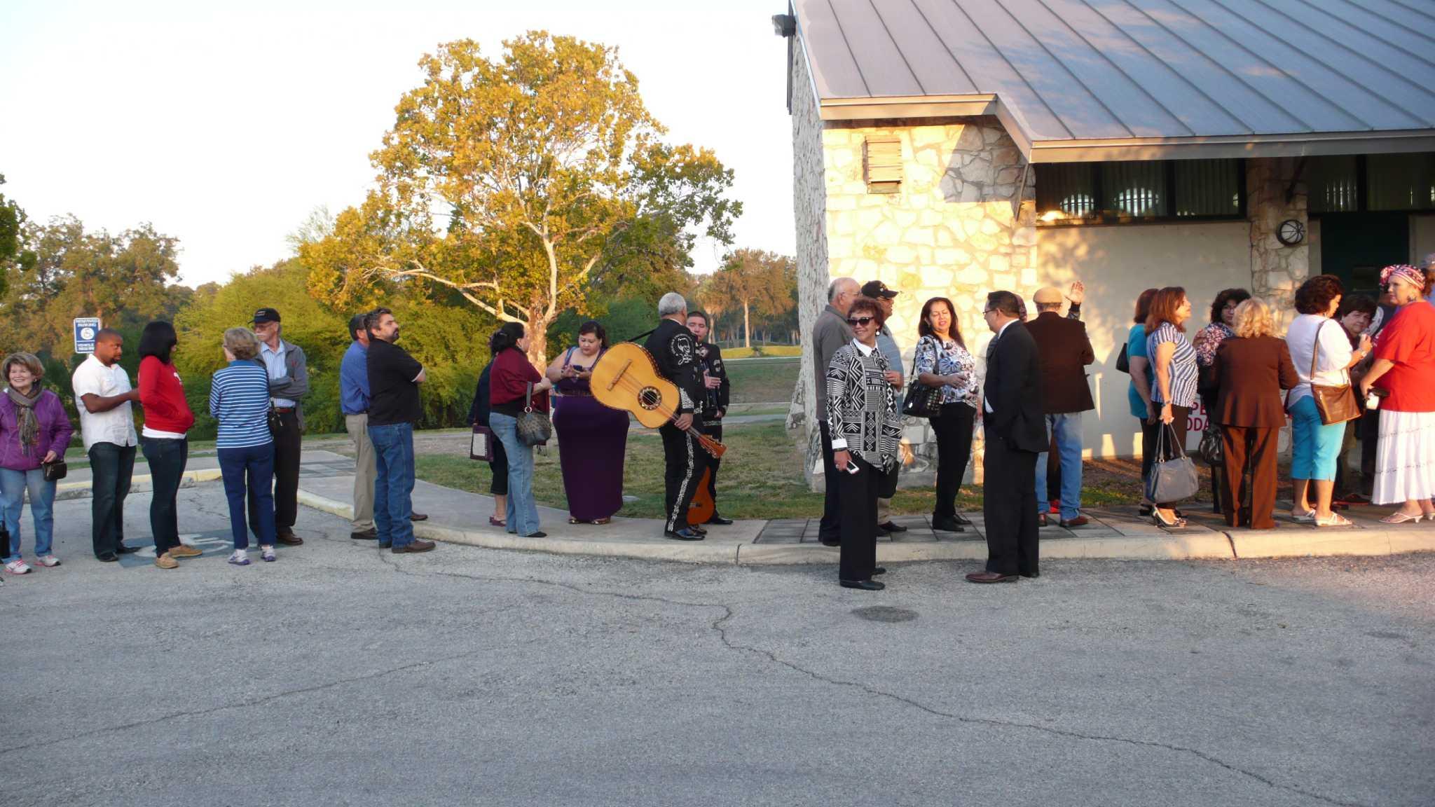Bexar County residents casting early ballots - San Antonio ...