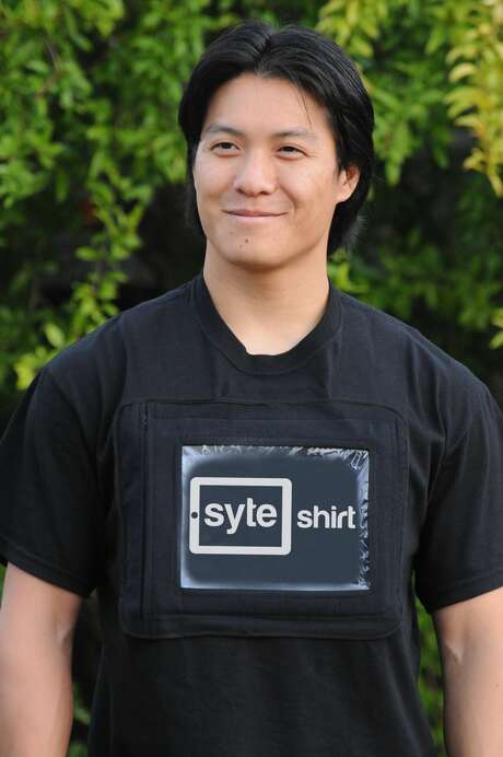 The Syte Shirt, a T-shirt that lets you display and operate a tablet right on your chest. ($49.95-$74.95 at syteshirt.com) Photo: Courtesy Art / Courtesy Art