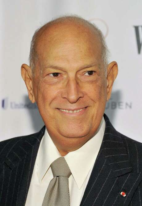 FILE - OCTOBER 20: Fashion designer Oscar De La Renta has died at 82 years old. NEW YORK, NY - FEBRUARY 08:  Designer Oscar de la Renta attends the Woman's Day 8th Annual Red Dress awards at Jazz at Lincoln Center on February 8, 2011 in New York City.  (Photo by Mike Coppola/Getty Images) Photo: Mike Coppola, Staff / 2011 Getty Images