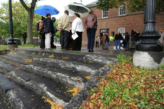 Mayor Kathy Sheehan announced an infrastructure improvement -- the replacement of the deteriorating staircase and wheelchair accessibility at Lincoln Park on Tuesday Oct. 21, 2014 in Albany, N.Y.  (Michael P. Farrell/Times Union) Photo: Michael P. Farrell / 00029130A