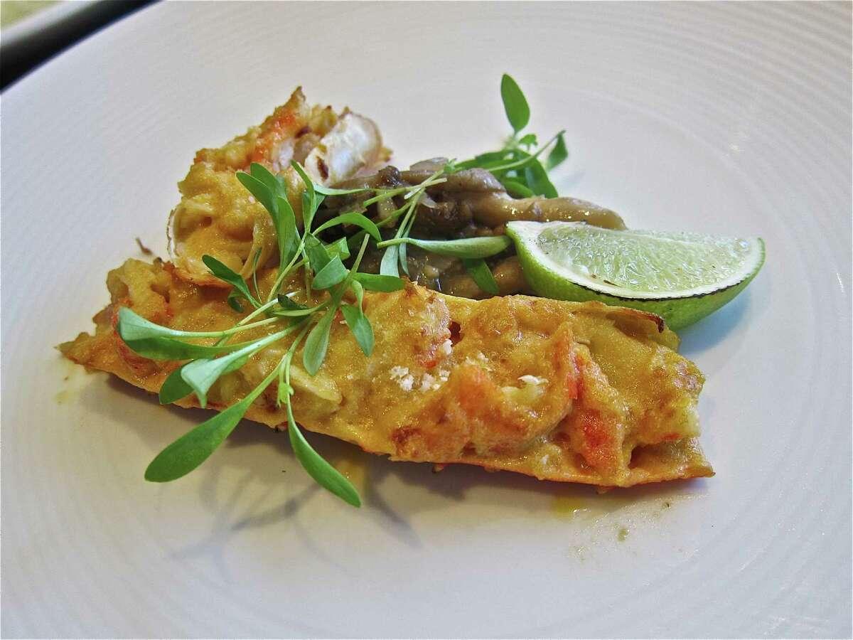 Uni crusted king crab at Kuu Restaurant