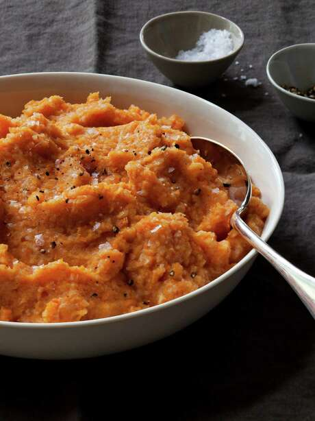 """Carrot & Cauliflower Purée from """"Make It Ahead"""" by Ina Garten. Photo: Quentin Bacon, Photographer / ©Quentin Bacon"""