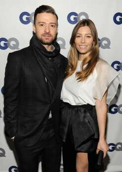 Actress Jessica Biel and pop superstar Justin Timberlake are expecting their first child.