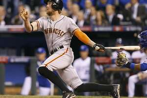 Giants deliver a royal drubbing to start World Series - Photo