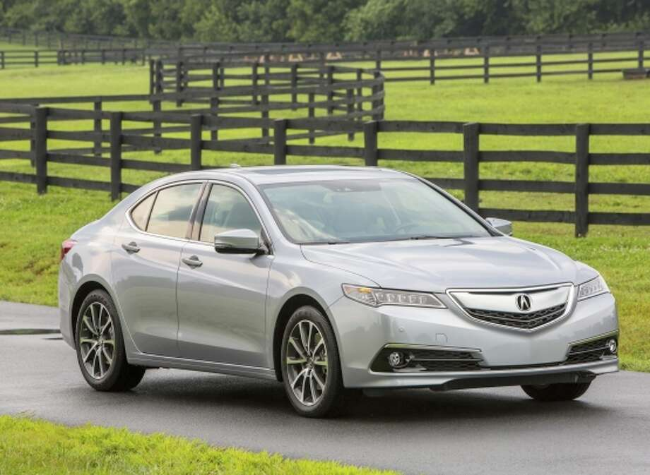 2015 Acura TLX Exterior V6 SH-AWD. Photo: Acura / Wieck / ONLINE_CHECK