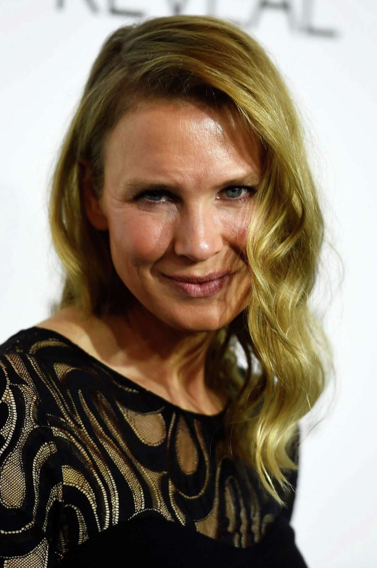 AFTER: Zellweger unveiled her new face on October 20, 2014 in Beverly Hills, California. Shocking, we know. The star looks more like Glenn Close or even Sarah Jessica Parker than her real self.She's not the only star to go under the knife. Take a look at other celebs who are reported to have had plastic surgery.
